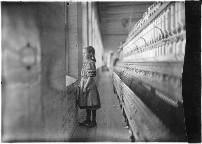 800pxRhodes_Mfg._Co._Spinner._A_moments_glimpse_of_the_outer_world._Said_she_was_11_years_old._Been_working_over_a_year....__NARA__5_400x400