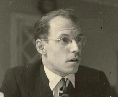 Foucault18_400x400